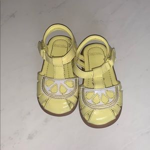 🌴 3/25 Baby Gymboree Yellow Sandals